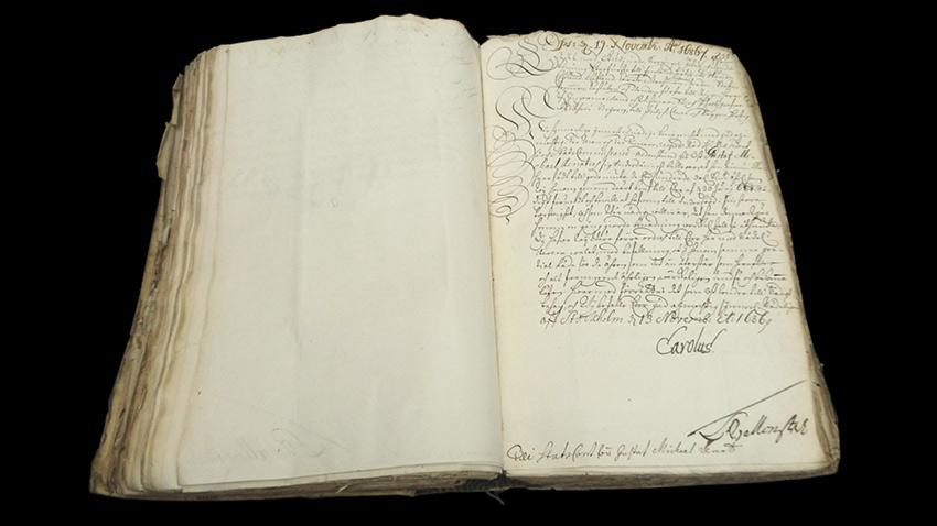 Kungligt brev dat. 13 november 1686, Statskontorets arkiv, RA. Undertecknat med Karl XI:s underskrivt. I brevets nedre vänsterkant finns anteckning Till statsfond för Gustaf Michael Renat.